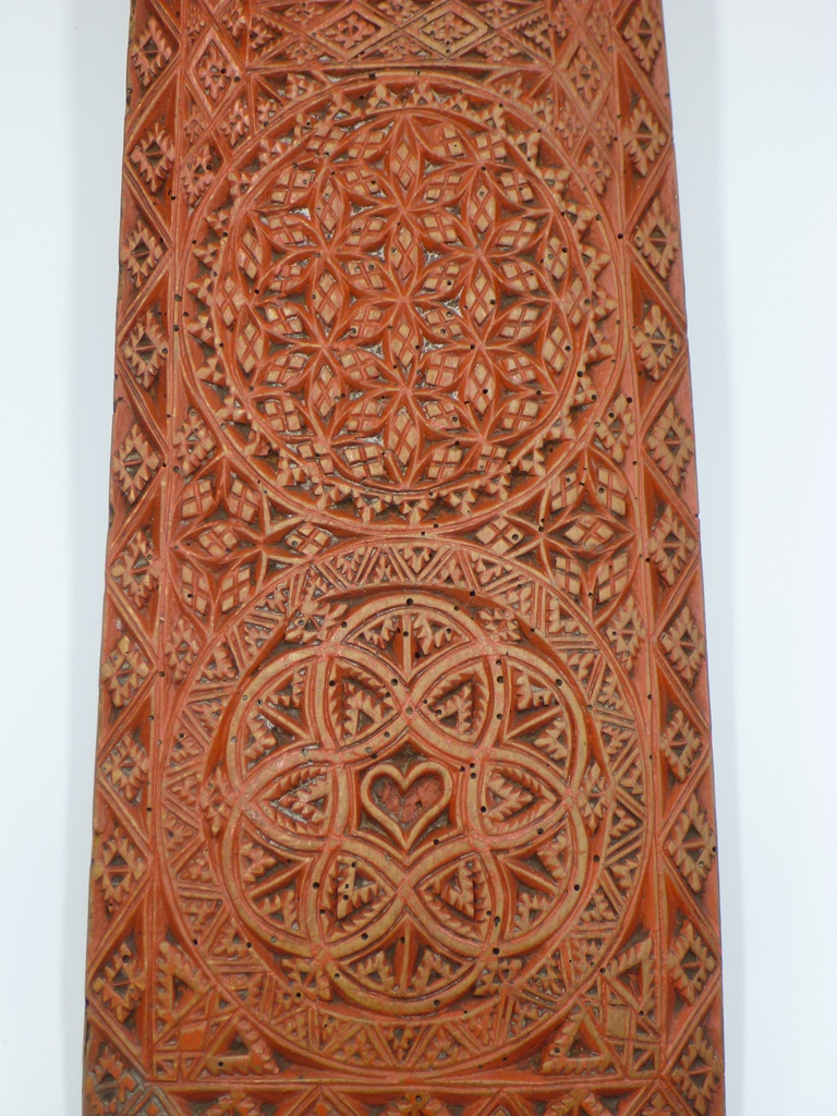 Rosace and geometric patterns - mangle board from Denmark